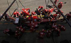Ferrari ayudó con su perfecta estrategia a la victoria de Alonso y al tercer puesto de Massa.
