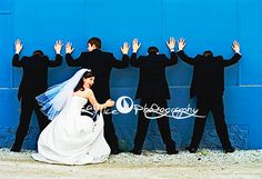 Cute! For police officer wedding! AHHHHHHHHHHHHHHHHHHHHHHHHHHHHHHHHHHHHHHHHHH THIS IS PERFECT FOR MEEEE!!!