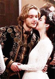 francis and mary wedding....omg that is the cutest gif!!