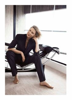 15ddb98feb98db 90 Best Cate Blanchett images in 2019   Cate blanchett, Harpers ...