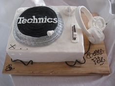 Gâteau table tournante - (www.mllesgateaux.com)