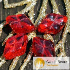 Czech Glass Beads – Clear Red Rhombus Beads Czech Glass Carved Beads R – a unique product by CzechBeadsExclusive on DaWanda Place Rouge, Diy Jewelry Parts, Czech Glass Beads, Carving, Red, Etsy, Unique, Red Glass, Glass Beads