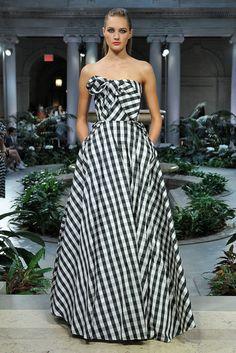 Carolina Herrera New York- Verão 2017 Setembro 2016 foto: FOTOSITE