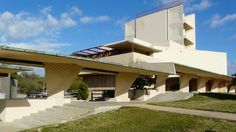 The Anne Pfeiffer Chapel, at Florida Southern College, in central Florida. Restored by Mesick Cohen Wilson Baker Architects. Frank Lloyd Wright, Florida Southern College, Central Florida, Prefab, Interior And Exterior, 3 D, Architecture Design, 3d Printing, Restoration