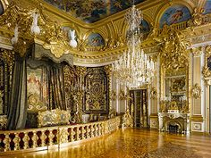 Journey to Herrenchiemsee: The Bavarian Versailles - The World Is A Book