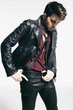Adam Lambert Hot