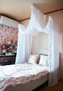 "Girls ""castle"" :-) bed"