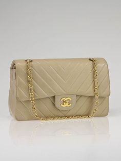 b8f3fbc0a69309 Chanel Beige Chevron Quilted Lambskin Leather Classic Medium Double Flap Bag