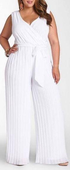 O que usar nas festas na praia | Look Reveillon | Macacão Branco Plus size | Dresses