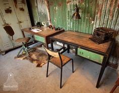 Industriële bureau, maatwerk Handmade industrial desk, industrial design