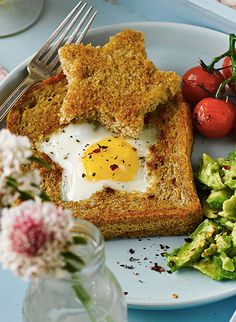 They say breakfast is the most important meal of the day, so why not make it fun? Cook with the kids and make Star Egg Toast with Avocado and Tomatoes.