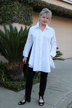 Best Outfits For Women Over 50 - Fashion Trends Over 50 Womens Fashion, 50 Fashion, Fashion Over 40, Women's Fashion Dresses, Plus Size Fashion, Autumn Fashion, Fashion Trends, Ladies Fashion, Fashion Ideas