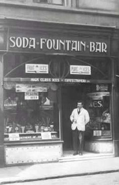 Gallery image - Fusco's Soda Fountain Bar | ClacksWeb Country Stores, Vintage Ice Cream, Letter Form, Christmas Post, Soda Fountain, Typography, Lettering, Good Ole, Old Pictures