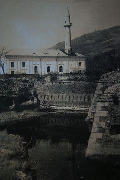 «Pe Ada-Kaleh, timpul ne prisosea»   Historia Storyboard, Ottoman, Nostalgia, Memories, Mansions, House Styles, Photography, Romania, Memoirs