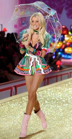 Jessica Stam Victoria s Secret Fashion Show 2010 Pink. I just LOVE this adorable jacket, super-cute!!!
