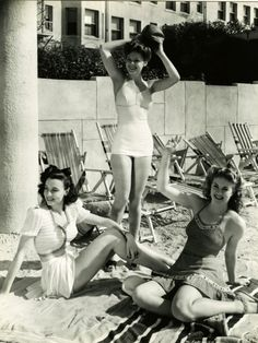 Bathing Beauties c. 1940s suit swimwear beach summer casual sports wear WWII pin up girl found photo print war era