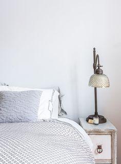 "Benjamin Moore ""Snowfall""     A 150-year-old Apartment in Brooklyn Heights | Design*Sponge"