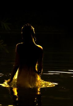 beautymothernature:  Beautiful Skinny dipping in th Love Moments