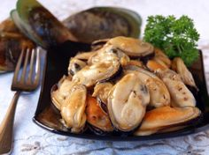 Recipe: Butter Garlic Mussels