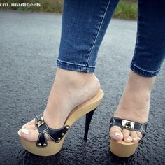 high heels – High Heels Daily Heels, stilettos and women's Shoes Sexy Sandals, Bare Foot Sandals, Sexy Heels, Hot High Heels, Platform High Heels, High Heel Boots, Pantyhose Heels, Gorgeous Heels, Stylish Boots
