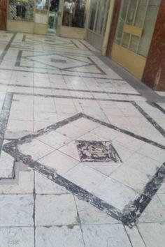 Patrón Posición  Galería Edificio Giacaman  Calle Barros Arana entre Tucapel y Calle Castellon , Concepcion.