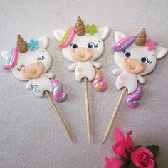 1 million+ Stunning Free Images to Use Anywhere Unicorn Cake Design, Unicorn Cake Topper, Unicorn Themed Birthday Party, Unicorn Party, Fondant Figures, Clay Figures, Clay Projects, Clay Crafts, Wafer Paper Flowers