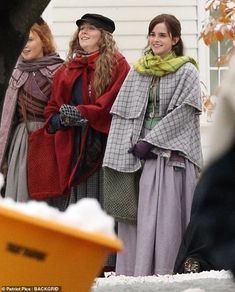Emma Watson was transformed into the beautiful Meg March as she joined Saoirse Ronan to film the Little Women remake in snowy Harvard on Monday. Louis Garrel, Period Costumes, Movie Costumes, Louisa May Alcott, Meryl Streep, Hermione Granger, Brigitte Bardot, Meg March, Laura Dern