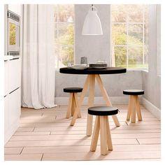 Flak, table repas ronde Punt bois massif design N. Round Dining Table, Decoration Table, Wood Design, Natural Wood, Bar Stools, Solid Wood, Furniture, Home Decor, Black