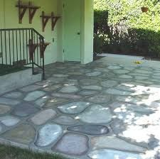 Paint Cement Patio Floors to look like Cobblestones - Decorative Faux Craft Tole Painting on Cement and Concrete, Glass Jars, Walls, to Create Rock Homes and Stone Houses in the style of Thomas Kincade Painted Cement Patio, Diy Concrete Patio, Painted Concrete Floors, Diy Patio, Stained Cement, Cement Floors, Stone Flooring, Painting Cement, Tole Painting