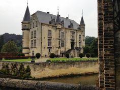 Castle Schaloen, Netherlands (by tthuberts)