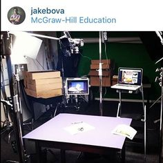 @jakebova using the D12-FK in the studio! ⭐️ ⭐️ ⭐️ #ikan #production #equipment #filmmaking #gear #ikancorp #filmlife #setlife #monitor #fieldmonitor