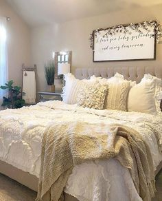 Rustic Bedroom Ideas - If you intend to go to sleep in rustic elegant then this article is ideal for you. We've collected a lot of rustic bedroom design ideas you can make use of. Bedroom Bed, Dream Bedroom, Bedroom Furniture, Master Bedroom, Bedroom Ideas, Modern Furniture, Cheap Furniture, Furniture Plans, Furniture Stores