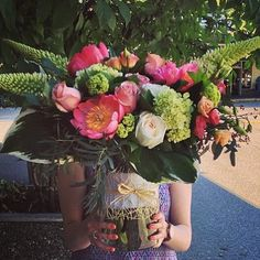 awesome vancouver florist Reminiscing back to the warm summer days...#smflowers #peony #flowers #bouquet #northvan #vancouverflowers #northvanflowers #northvanflorist #shopnorthvan by @sm_flowers  #vancouverflorist #vancouverflorist #vancouverwedding #vancouverweddingdosanddonts