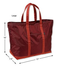 Find the best Everyday Lightweight Tote at L. Our high quality bags and amp; travel gear is designed to go the distance. Leather Bag Pattern, Tote Pattern, Diy Bags Purses, Handbag Patterns, Fabric Bags, Fabric Basket, Patchwork Bags, Denim Bag, Grab Bags