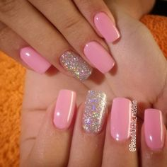 I put my nail polish like a pro! - My Nails Cute Acrylic Nails, Glitter Nail Art, Pink Glitter, Glitter Manicure, Perfect Nails, Gorgeous Nails, Stylish Nails, Trendy Nails, Toe Nails