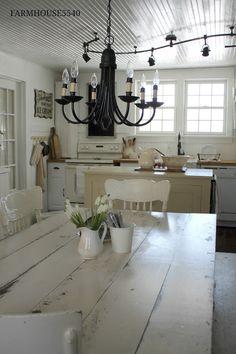 FARMHOUSE 5540: Weekly Inspiration ~ Our Farmhouse Kitchen
