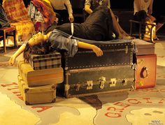 Jean-Luc Lagarce NOUS, LES HÉROS. Nosotros los Héroes Versión sans le pére. Traducción y Dirección: Charo Amador. 3º A2 Interpretación Textual