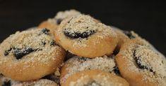 Nevím, jestli jsem vůbec někdy pekla koláčky takového typu a jsem ráda, že jsem hned napoprvé narazila na tenhle recept úplně nejl... Different Recipes, Bagel, Doughnut, Muffin, Bread, Breakfast, Desserts, Food, Morning Coffee