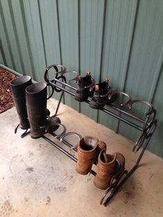 Shoe rack made with horse shoes