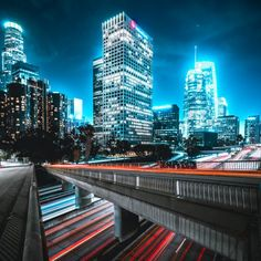 The 19 Best Places to Photograph in Los Angeles (Travel Guide) New York City Photos, Chicago Photos, Visiter San Francisco, Los Angeles At Night, Los Angeles Travel Guide, Boston Travel Guide, San Francisco Travel Guide, Nyc Instagram, Instagram Feed