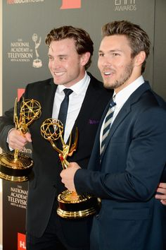 Scott Clifton Photos - Press Room at the 40th Annual Daytime Emmy Awards  - Zimbio