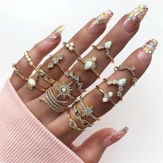 Buy 17 Pcs/set Women Fashion Wedding Ring Gold Geometric Crystal Diamond Carved Anise Star Knuckle Ring Set Charm Party Jewelry Accessories at Wish - Shopping Made Fun Wedding Jewellery Gifts, Wedding Jewelry, Jewelry Gifts, Jewelry Accessories, Wedding Rings, Handmade Jewelry, Earrings Handmade, Wedding Necklaces, Trendy Accessories