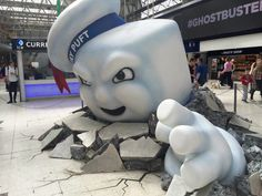 Stay Puft Marshmellow Man Display - Advertising - POS Design - 3D Design - Ghostbusters Ghostbusters 1984, Extreme Ghostbusters, Stay Puft, Comedy Films, Halloween Themes, Halloween Stuff, 1980's Movies, Movie Tv, Waterloo Station