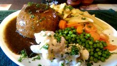 Restaurant Review – The Fox in Napier - Steak & Kidney pudding