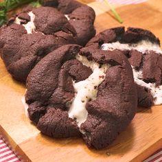 おうちカフェにピッタリ!マシュマロココアクッキー | 料理動画(レシピ動画)のkurashiru [クラシル] Easy Cookie Recipes, Sweets Recipes, Snack Recipes, Snacks, Desserts, Deep Dish Cookie, Pumpkin Smoothie, Valentines Food, Biscuit Cookies