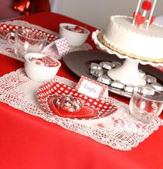 Red and white Valentine's Day Party #redwhite #valentinesparty