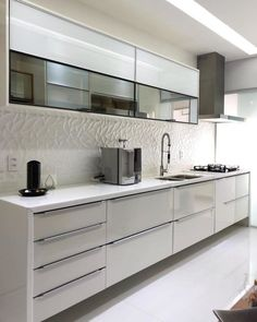 How to decorate the kitchen wall? One of the beneficial we can do is applying kitchen wallpaper. With this article will give some kitchen wallpaper ideas. Kitchen Room Design, Kitchen Cabinet Design, Modern Kitchen Design, Kitchen Layout, Home Decor Kitchen, Interior Design Kitchen, Home Kitchens, Kitchen Cabinets, Kitchen Items