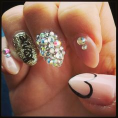 3D nail art with heart, crystals and love!