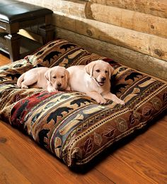 Northwoods Lodge Pet Beds - Plow & Hearth