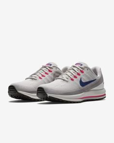 new arrival 0bfad a90d3 Nike Air Zoom Vomero 13 Women s Running Shoe